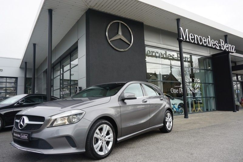 Mercedes-Benz A-Class 180d --Urban Pack--Reversing Camera--