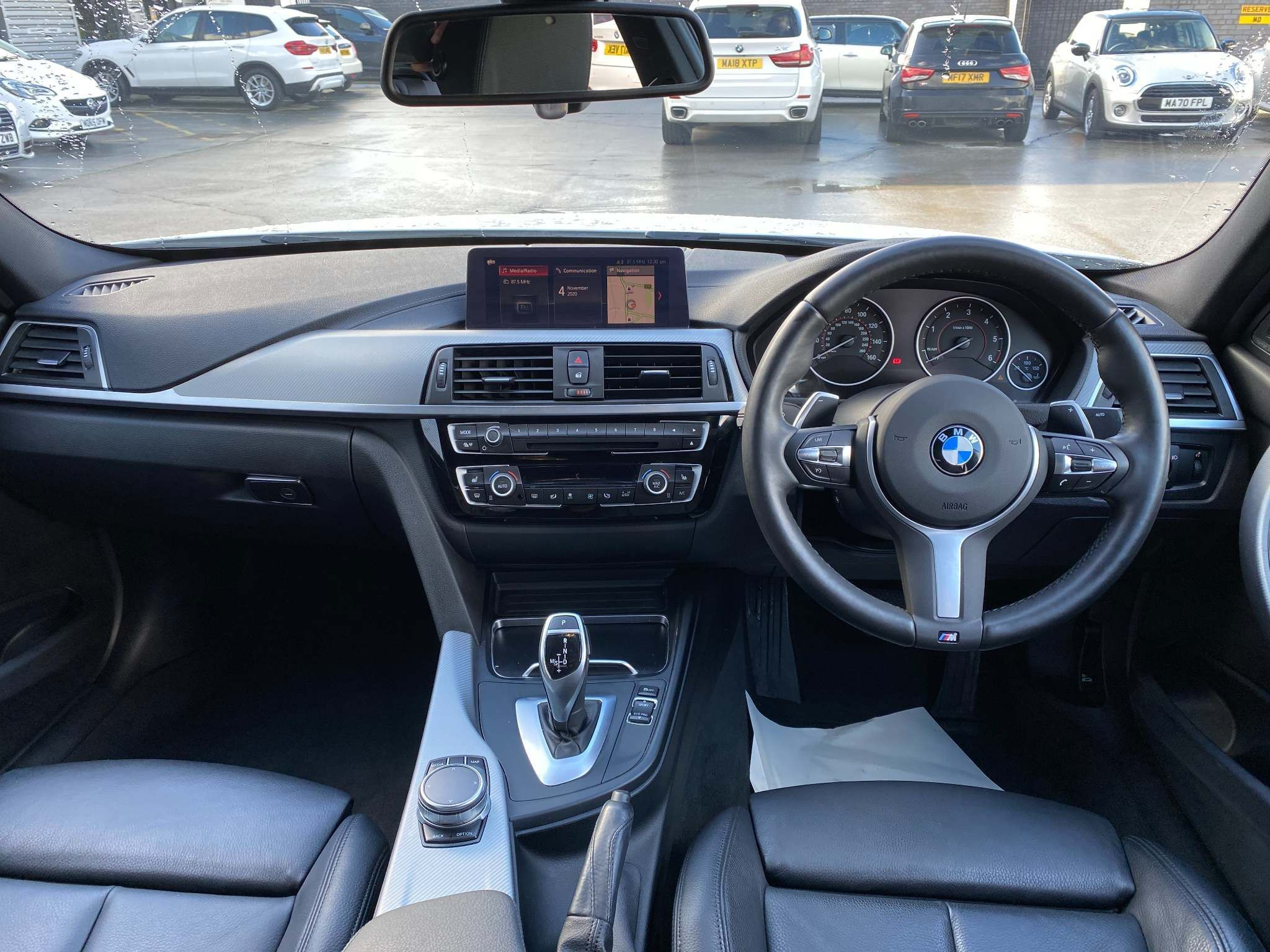 Image 20 - BMW 320d M Sport Shadow Edition Saloon (ML67ZKY)