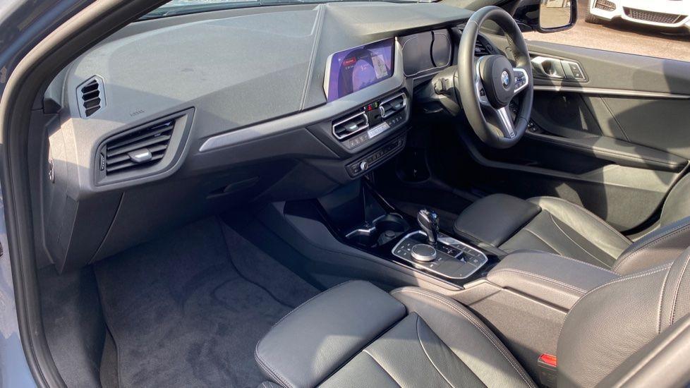 Image 6 - BMW 118i M Sport (YB69VFJ)