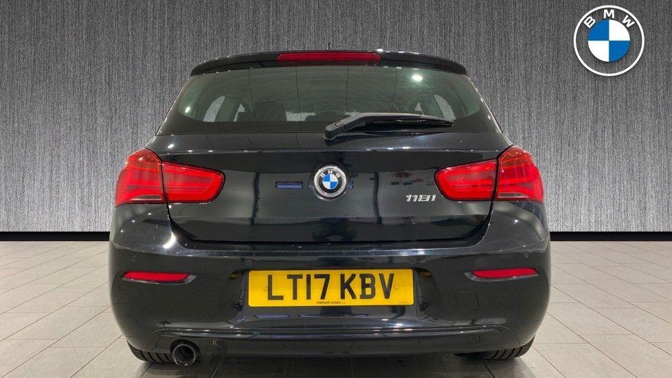 Image 15 - BMW 118i Sport 3-Door (LT17KBV)