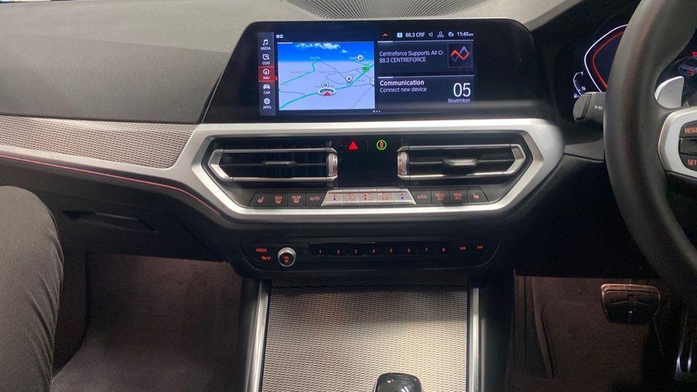 Image 7 - BMW 320i M Sport Saloon (YG20LFU)