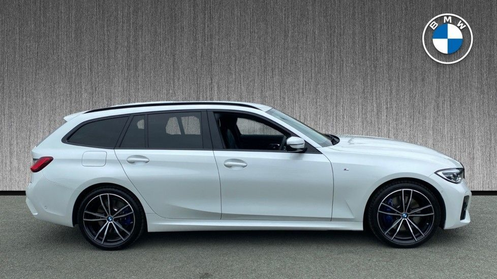 Image 3 - BMW 320d xDrive M Sport Touring (YH69GDX)