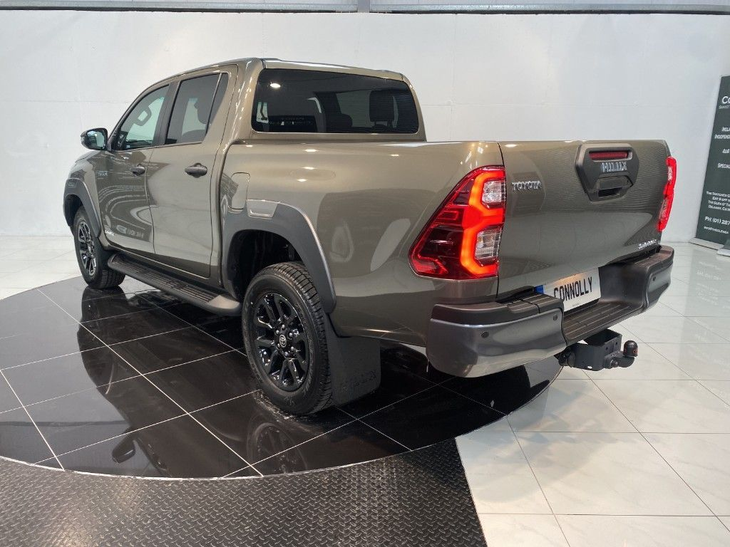 Used Toyota Hilux 212D INVINCIBLE X AUTO (2021 (212))