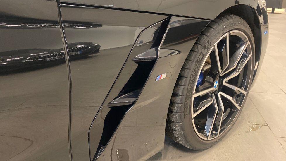 Image 25 - BMW sDrive20i M Sport (PJ20FPP)