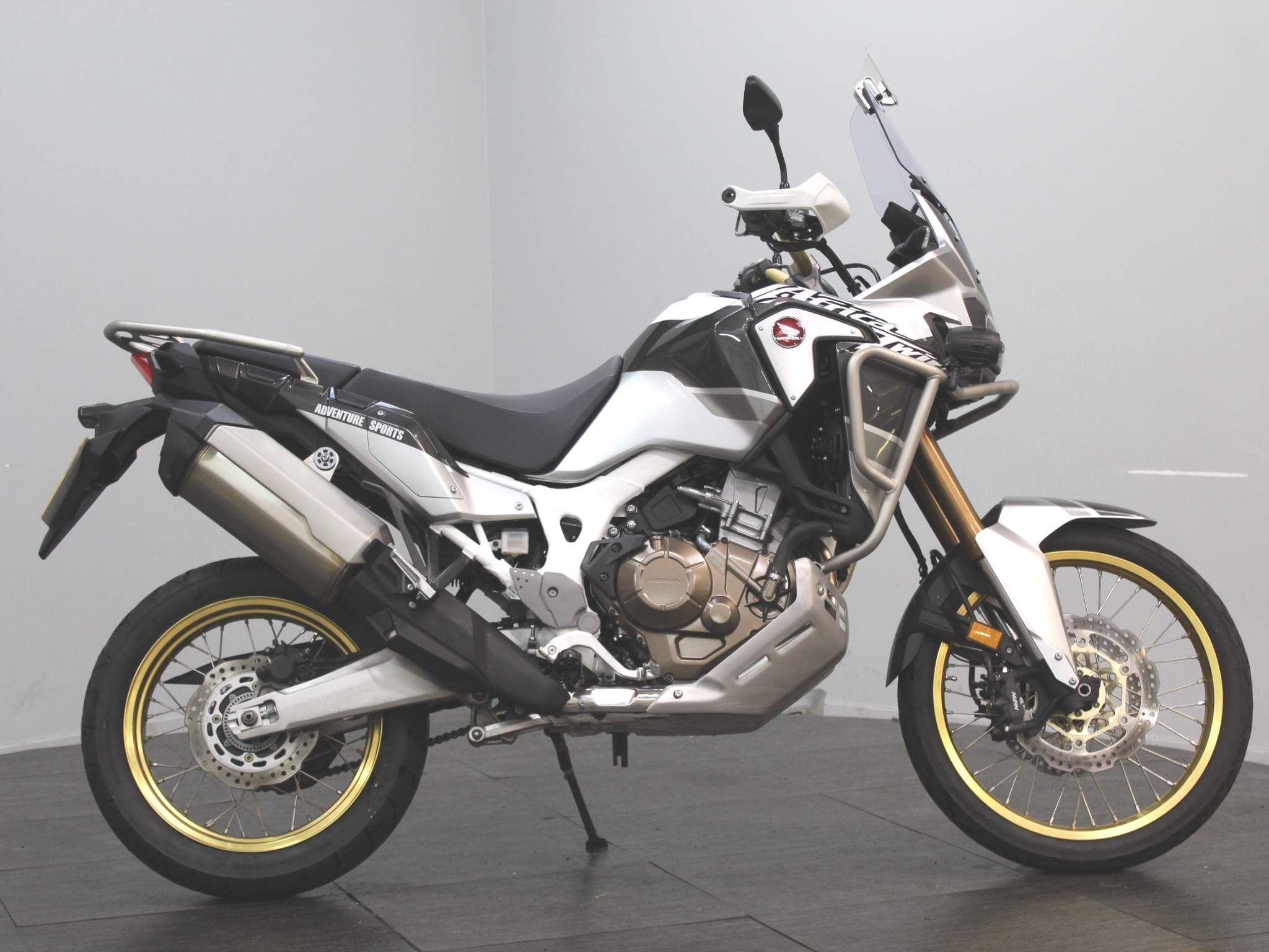 Honda CRF1000L Africa Twin Images