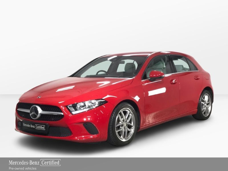 Mercedes-Benz A-Class 180 Automatic - ONLY 4,100KMS! - VIDEO - Artico leather interior - Bluetooth - Rear reversing camera - Alloy wheels - SOS - USBc - Air conditioning
