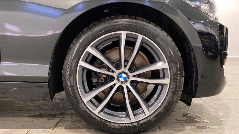 Image 14 - BMW 220i Sport Coupe (YG69GFJ)