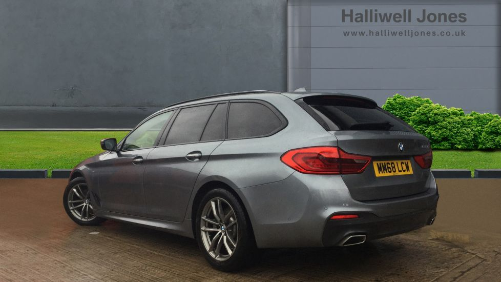 Image 2 - BMW 520d M Sport Touring (MM68LCW)