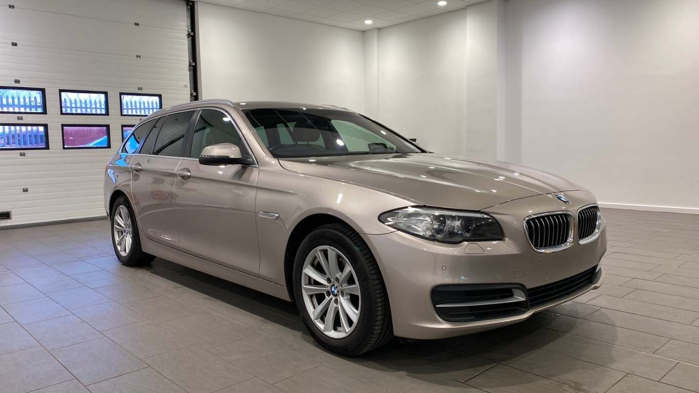Image 14 - BMW 520d SE Touring (CY16SXZ)