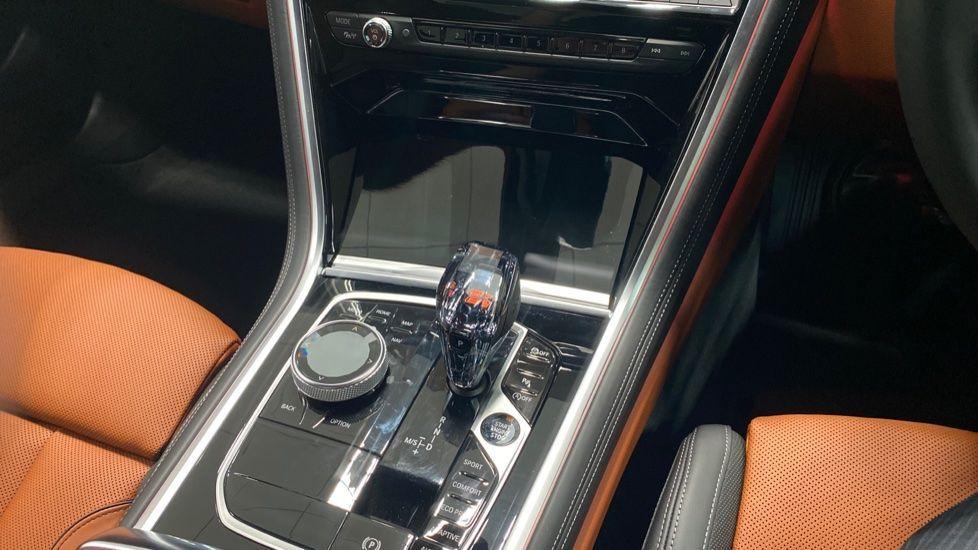 Image 10 - BMW 840i Coupe (PK20JWZ)