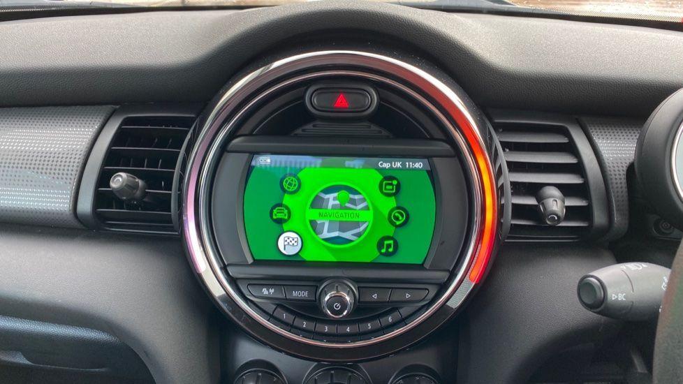 Image 7 - MINI Hatch (MX69WTM)