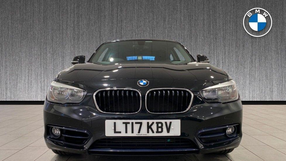 Image 16 - BMW 118i Sport 3-Door (LT17KBV)