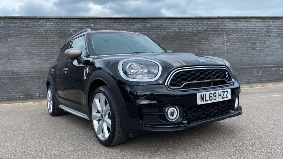 Image 22 - MINI Countryman (ML69HZZ)