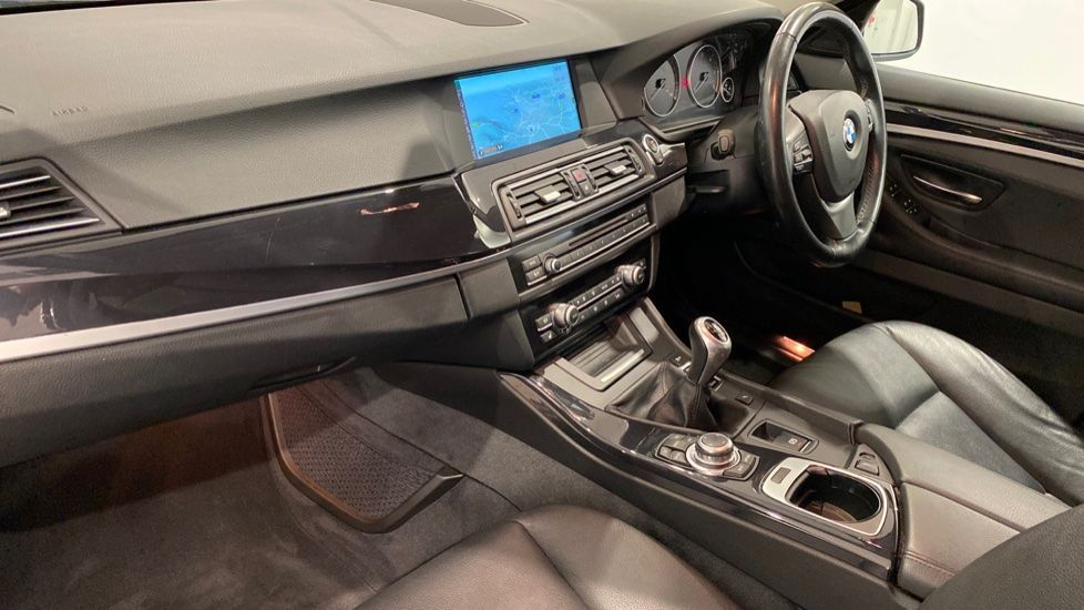 Image 11 - BMW 520d Efficient Dynamics (YE12CWY)