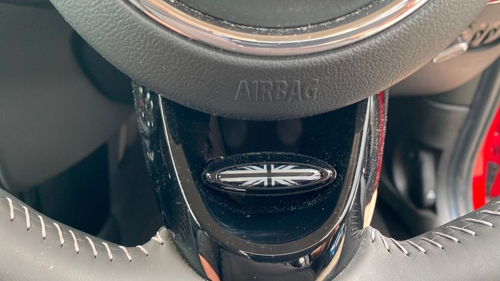 Image 26 - MINI Hatch (DK20JZR)
