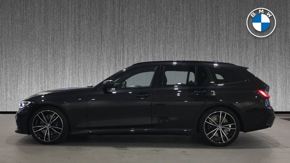 Image 3 - BMW 320d M Sport Touring (DF69NND)