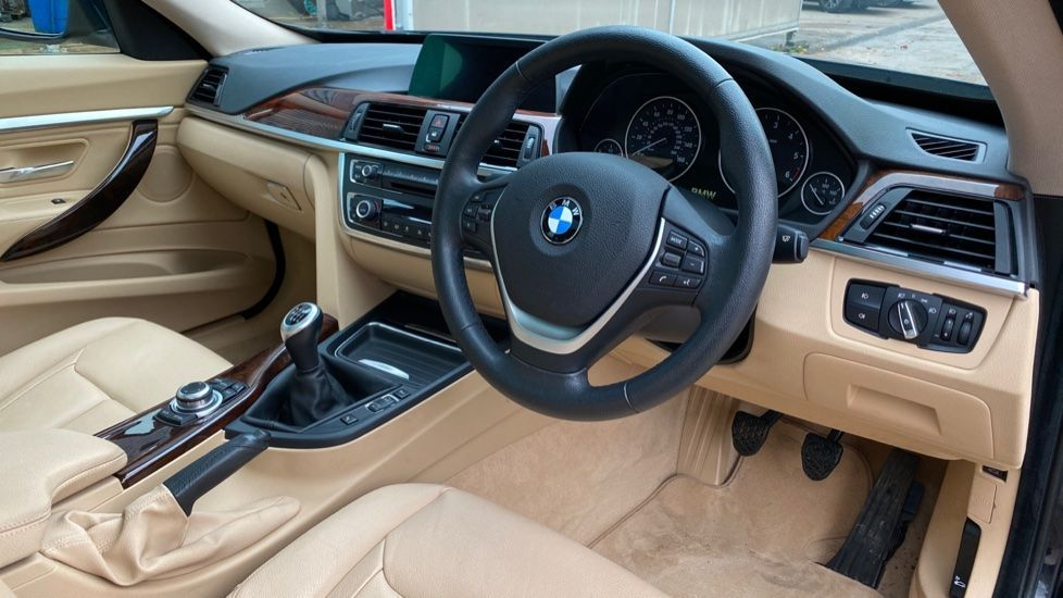 Image 5 - BMW 320d Luxury Gran Turismo (MX64WDM)