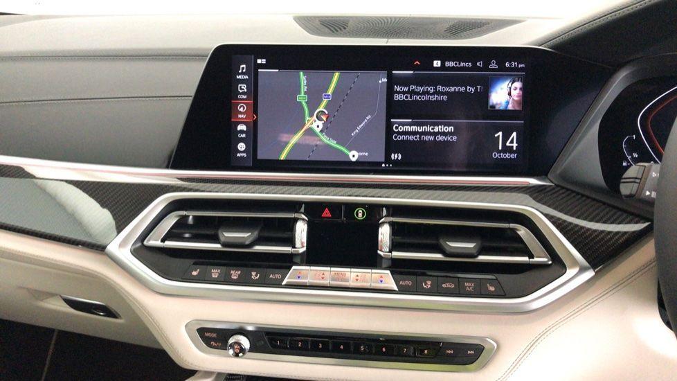 Image 7 - BMW xDrive40i M Sport (YF69MVJ)