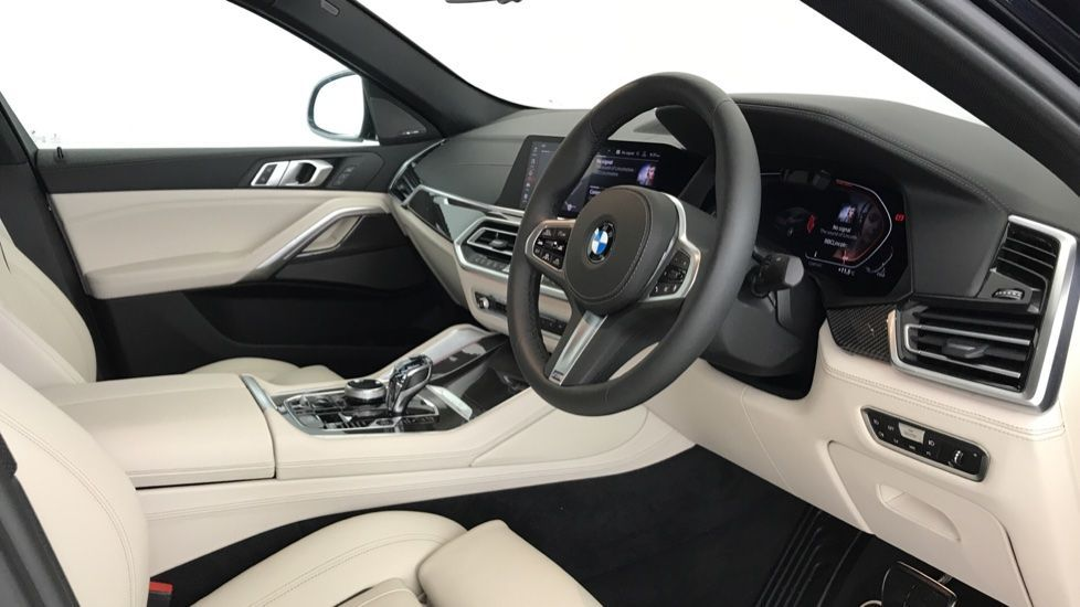Image 5 - BMW xDrive40i M Sport (YF69MVJ)