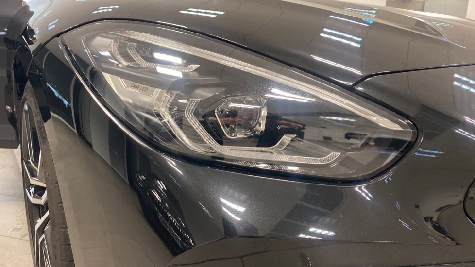 Image 23 - BMW sDrive20i M Sport (PJ20FPP)