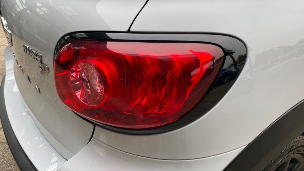 Image 23 - MINI Paceman (LY15ODL)