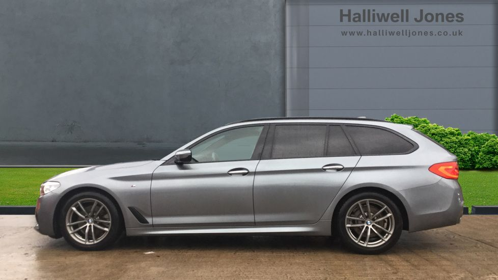 Image 3 - BMW 520d M Sport Touring (MM68LCW)