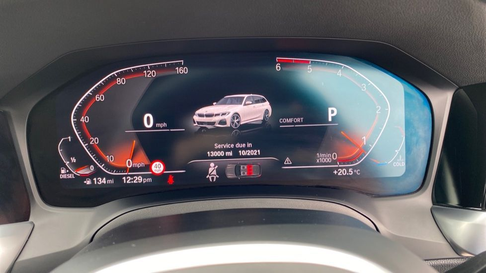 Image 9 - BMW 320d xDrive M Sport Touring (YH69GDX)