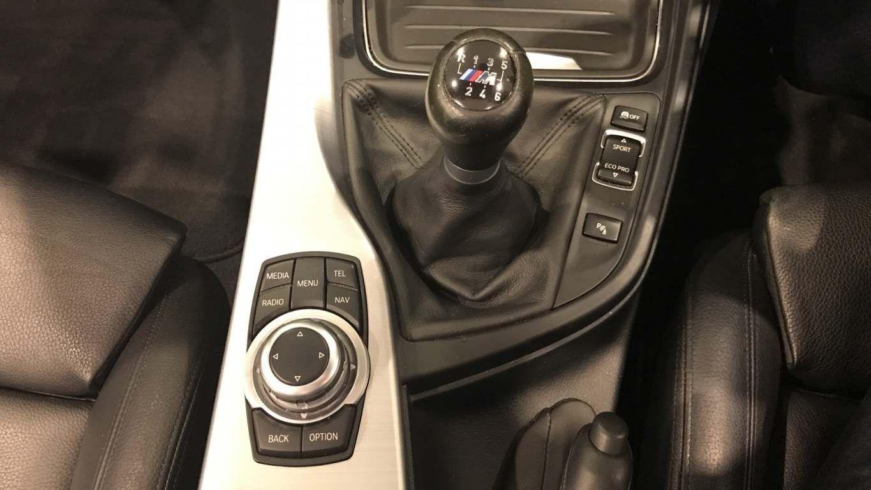 Image 10 - BMW 420i M Sport Convertible (DA15RTX)