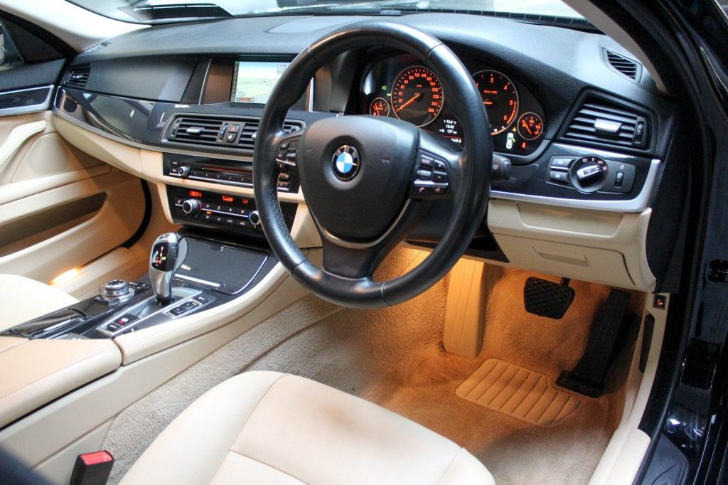 Used BMW 5 Series 5 SERIES DIESEL AUTO 88KLMS SAT NAV FULL BEIGE LEATHER LOW MILEAGE TAXED 06/21 NCT 09/21 (2013 (132))