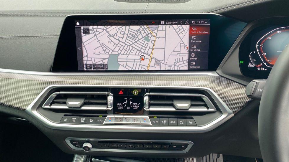 Image 7 - BMW xDrive30d M Sport (YG20OYT)