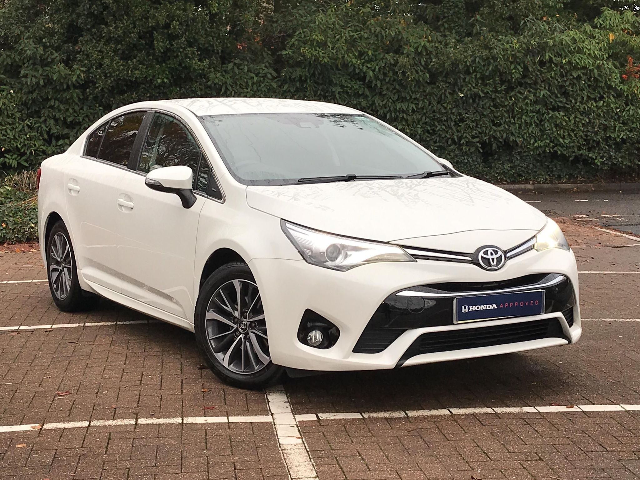 Toyota Avensis 1.8 V-matic Business Edition Plus 4dr