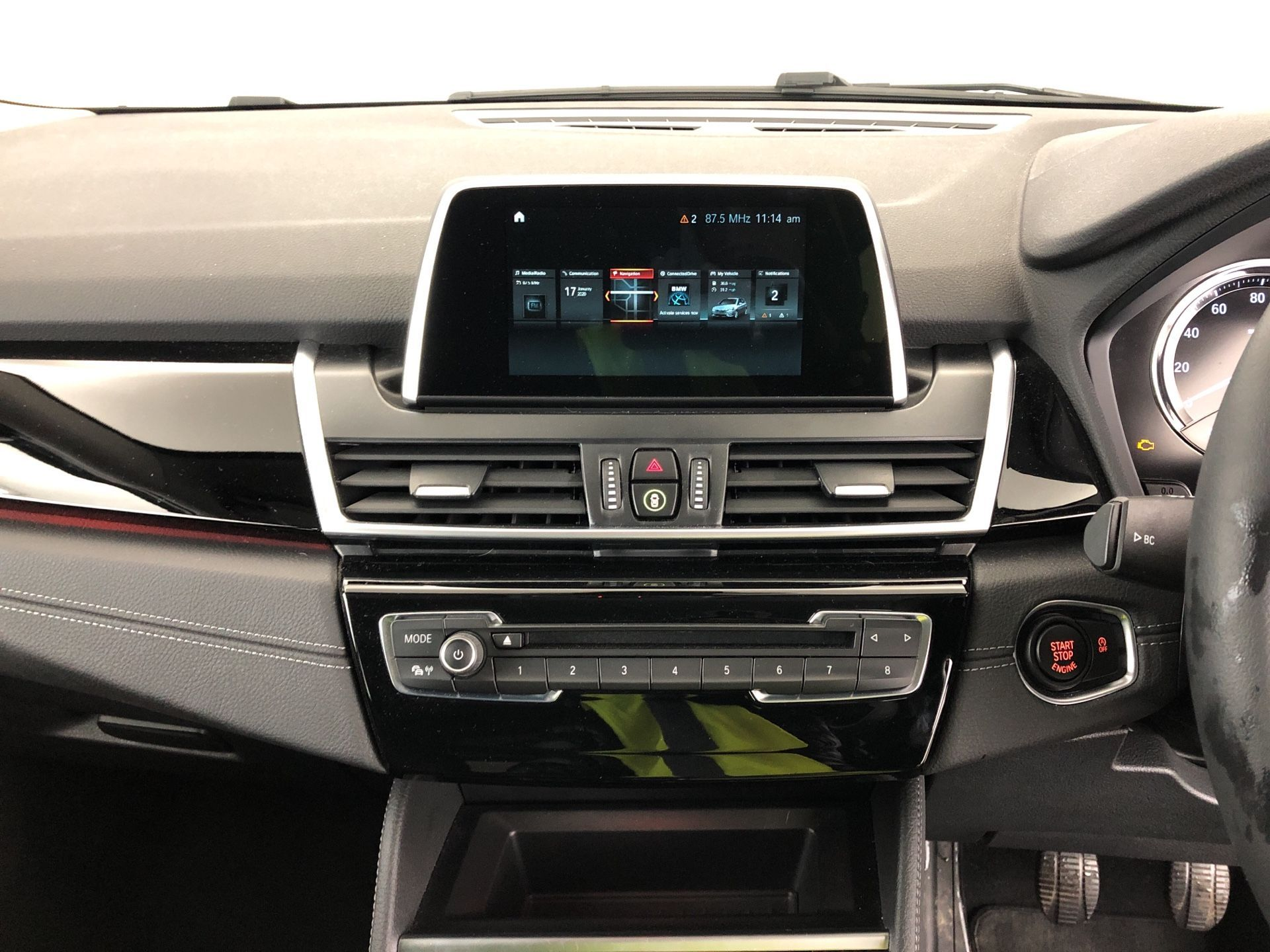 Image 5 - BMW 218i Luxury Active Tourer (YK19SSR)