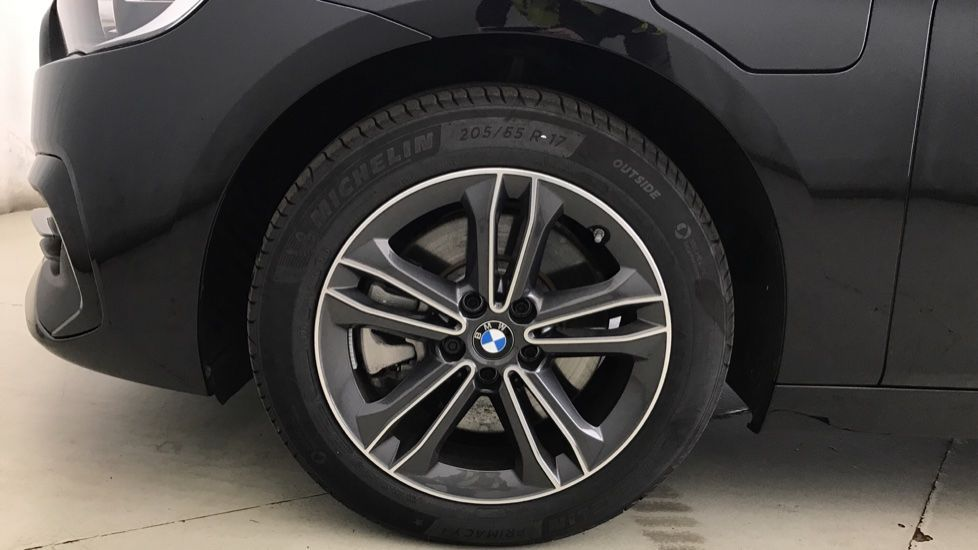 Image 14 - BMW 225xe iPerformance Sport Active Tourer (YL69UWK)