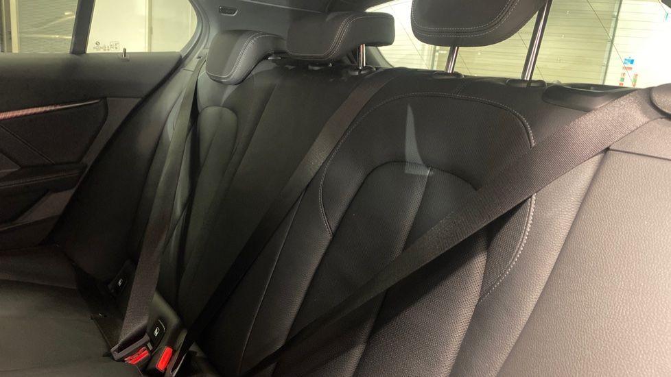 Image 12 - BMW 118i M Sport (YK69JDM)