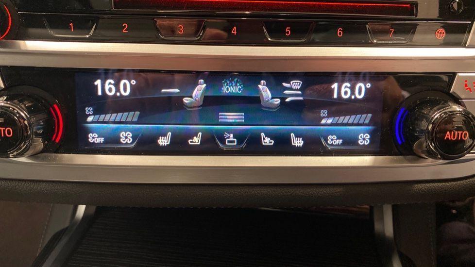 Image 33 - BMW 745Le xDrive M Sport Saloon (YG20OWX)
