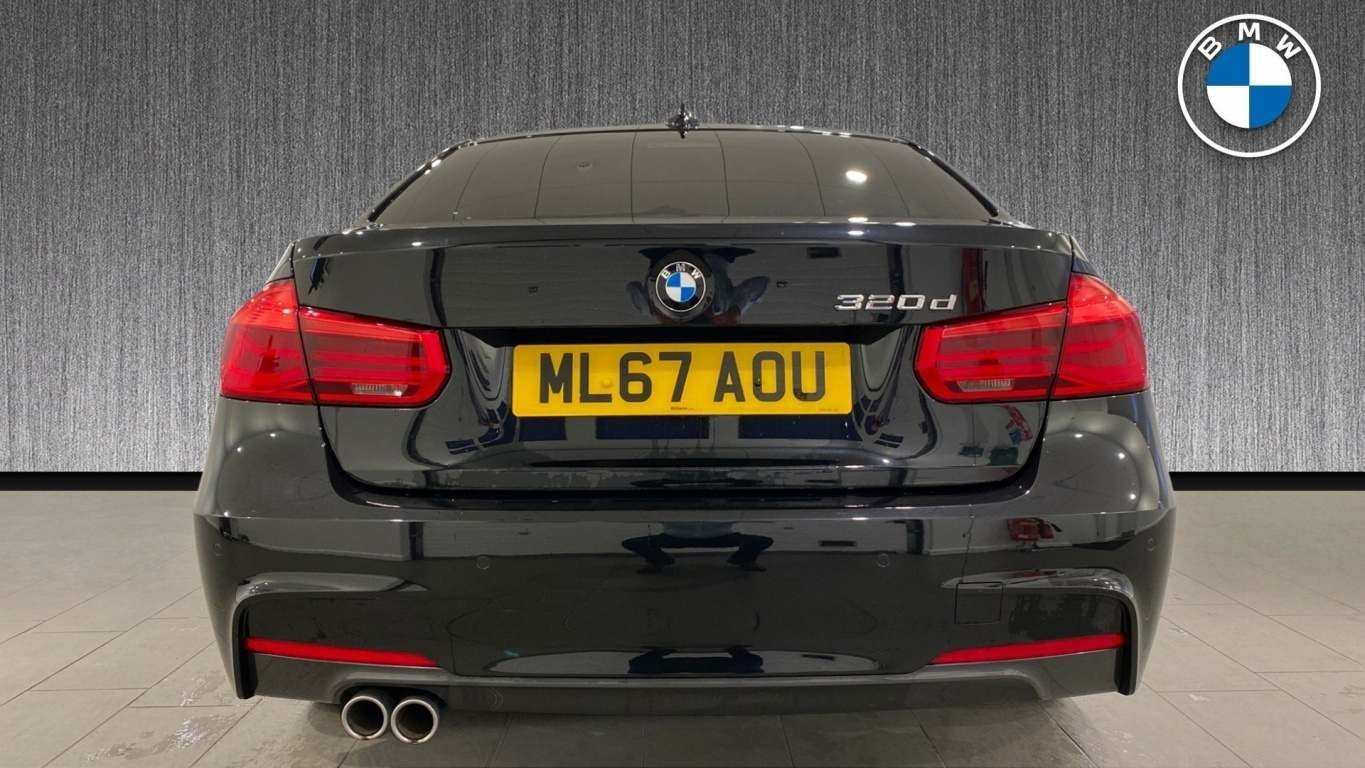 Image 15 - BMW 320d M Sport Saloon (ML67AOU)