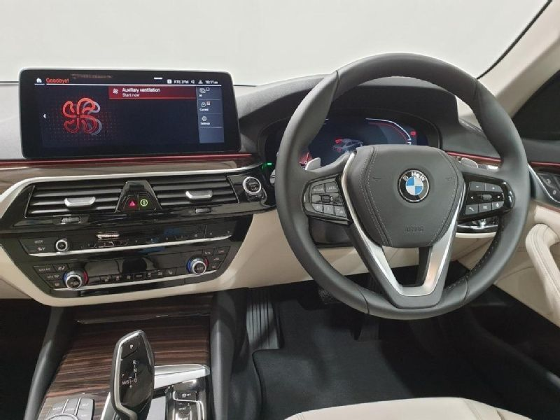 Used BMW 5 Series 520d SE Saloon (2021 (211))