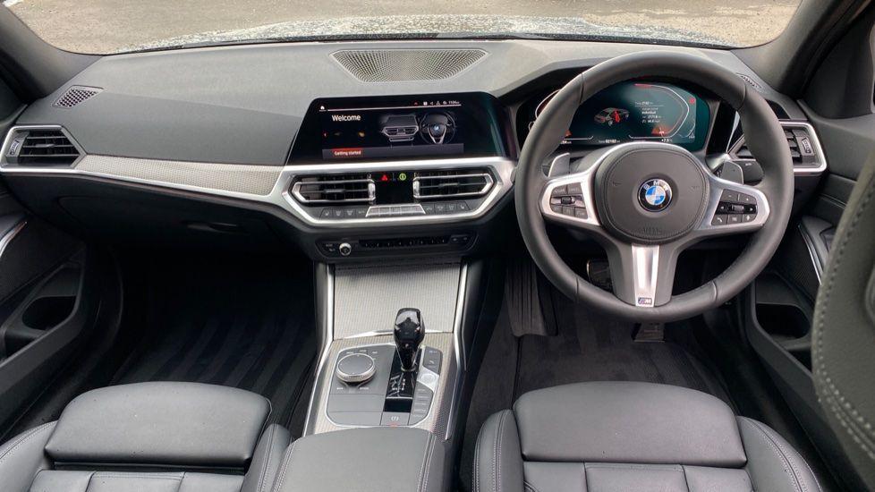 Image 4 - BMW 320d M Sport Saloon (DA20XXH)