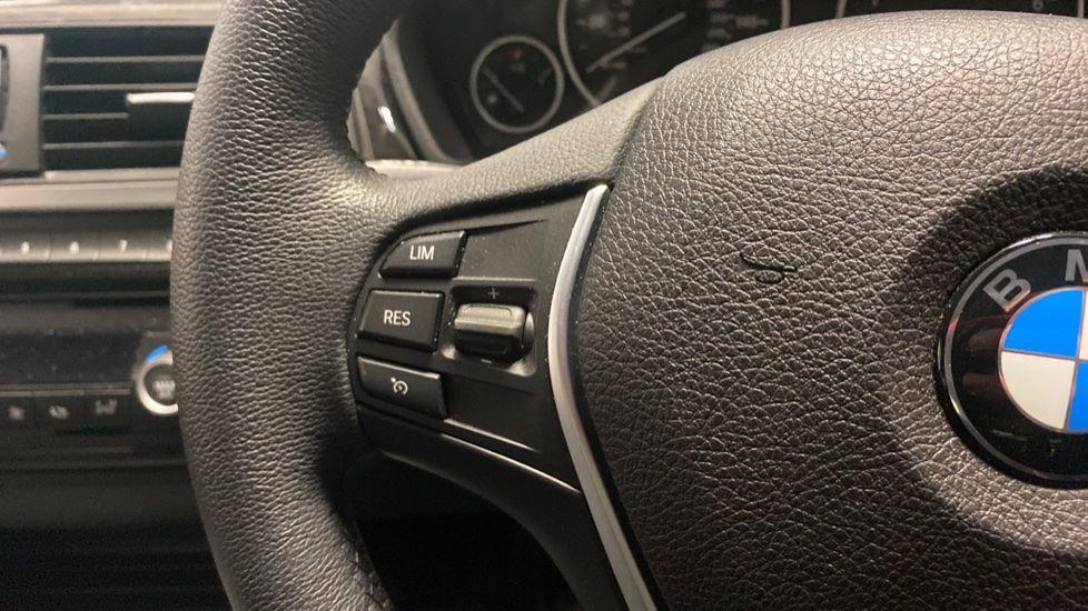 Image 17 - BMW 420i xDrive SE Coupe (PE17MVF)