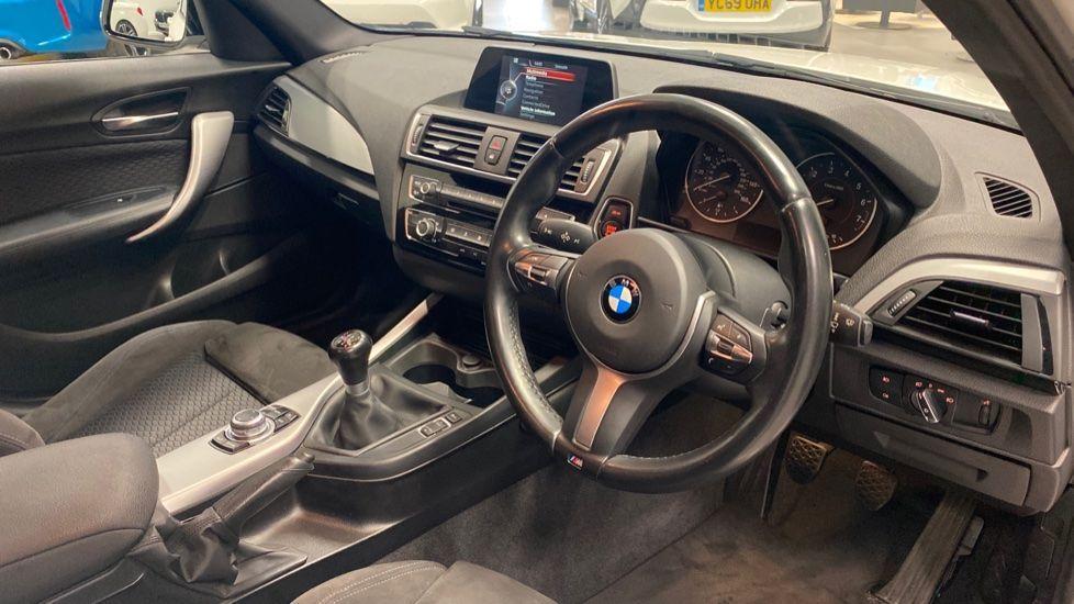 Image 5 - BMW 118i M Sport 5-Door (YK17XOA)