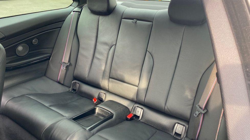 Image 12 - BMW 420i xDrive M Sport Coupe Auto (YG20JUF)