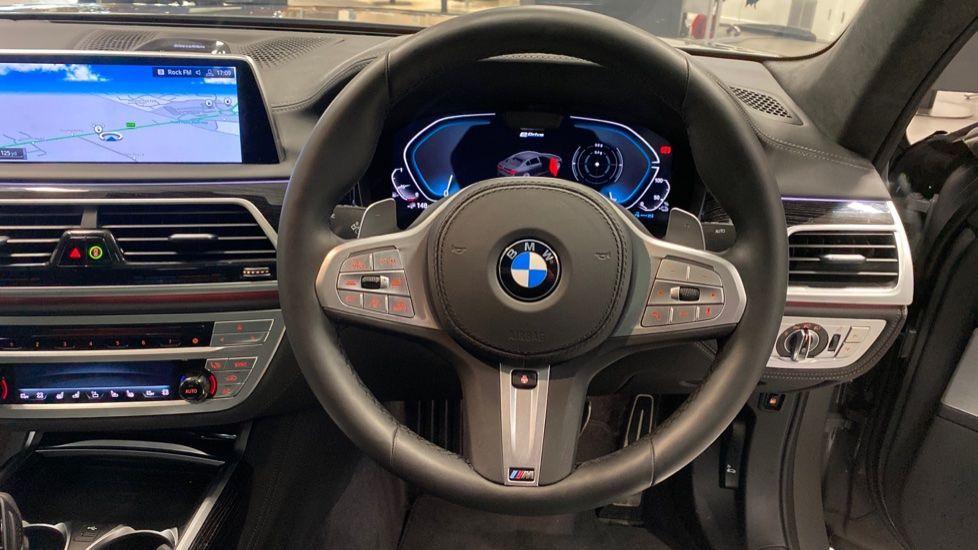 Image 8 - BMW 745Le xDrive M Sport Saloon (YG20OWX)