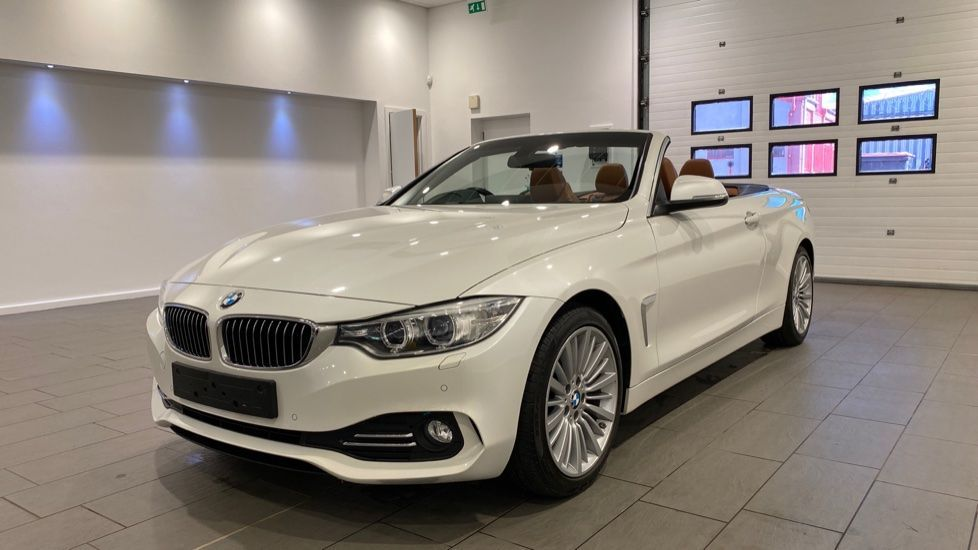 Image 12 - BMW 420d Luxury Convertible (YG14TXK)