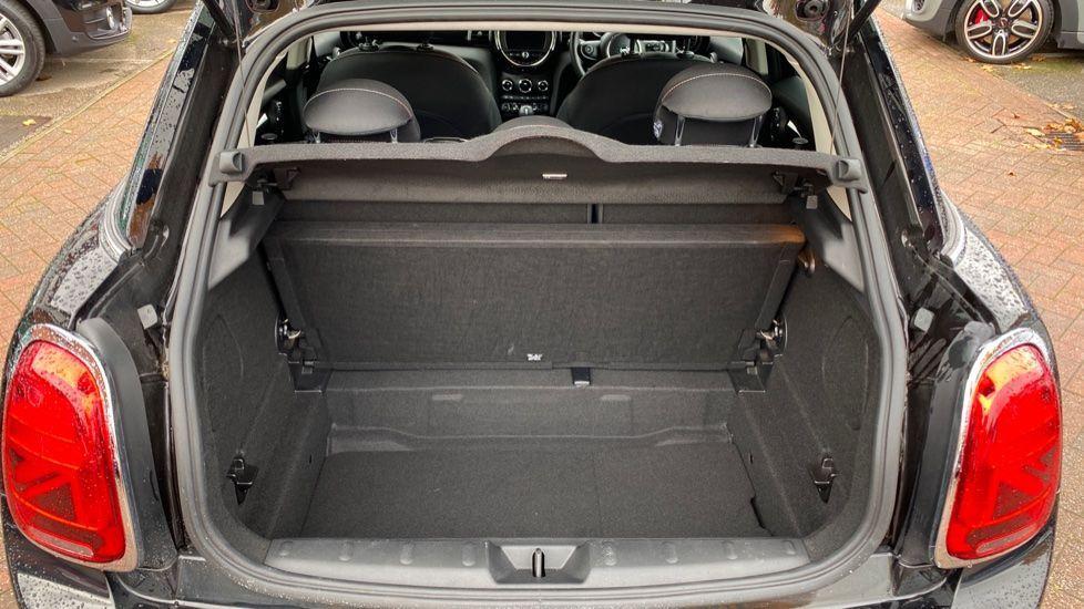 Image 13 - MINI Hatch (MX69WRG)