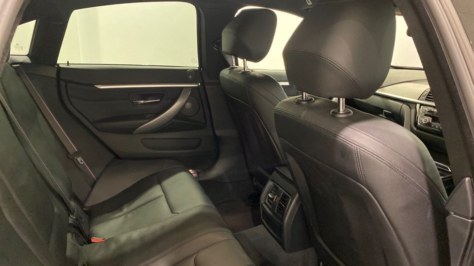 Image 11 - BMW 420i M Sport Gran Coupe (YD69YKV)