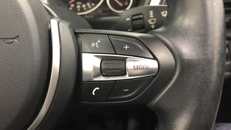 Image 8 - BMW 420i M Sport Convertible (DA15RTX)