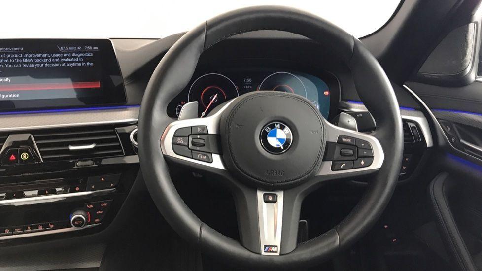 Image 8 - BMW 530e M Sport iPerformance Saloon (YC19ZYW)