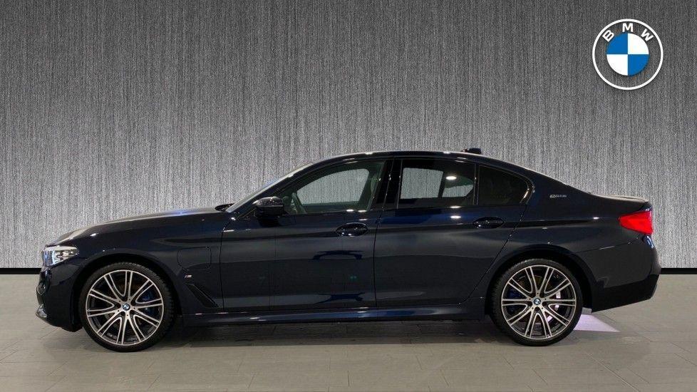 Image 3 - BMW 530e M Sport iPerformance Saloon (YD68YVA)