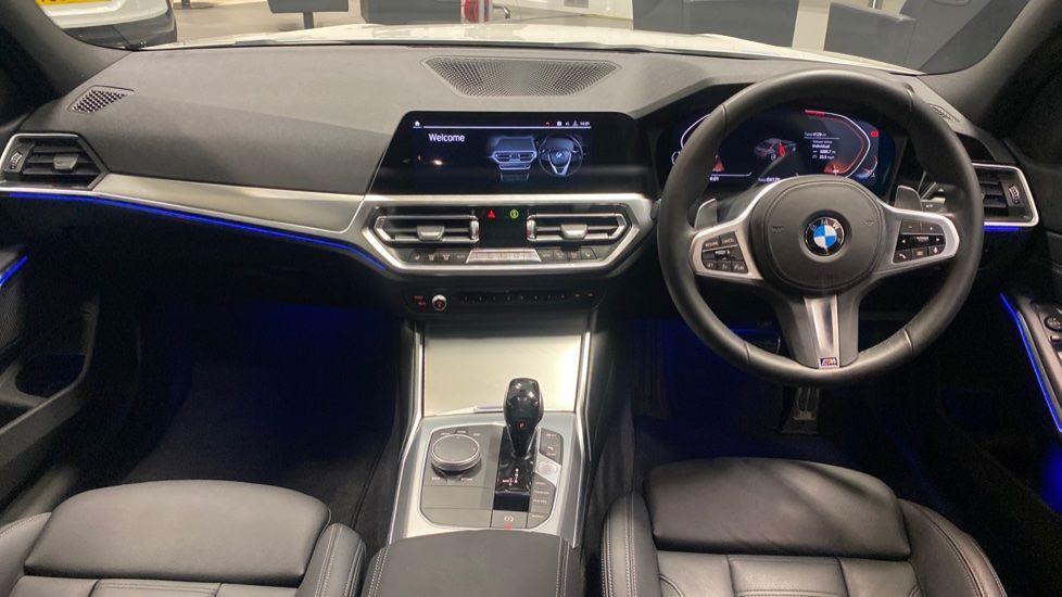 Image 4 - BMW 320i M Sport Saloon (PK20JWA)