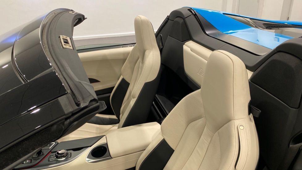 Image 11 - BMW Roadster (YA20HRU)